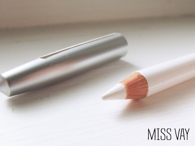 essence makeup maquillage kajal khol pencil crayon white blanc