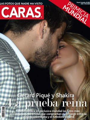 Gerard Pique y Shakira Besandose Revista Caras Marzo 2011