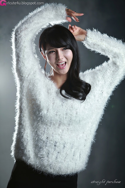 4 Cha Sun Hwa in Fluffy White-Very cute asian girl - girlcute4u.blogspot.com