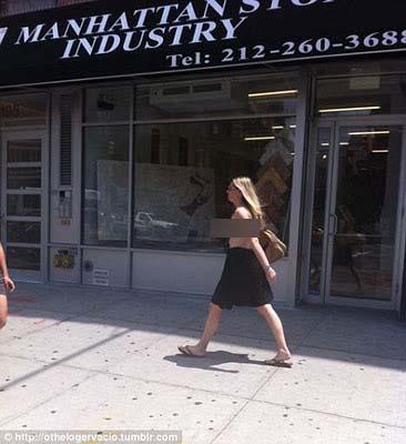 """Wanita ini segera disebut dengan nama """"Topl3ss Bowery Woman - Wanita ..."""