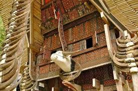 Zaman Datangnya Tomanurun – Tomanurun di Toraja.