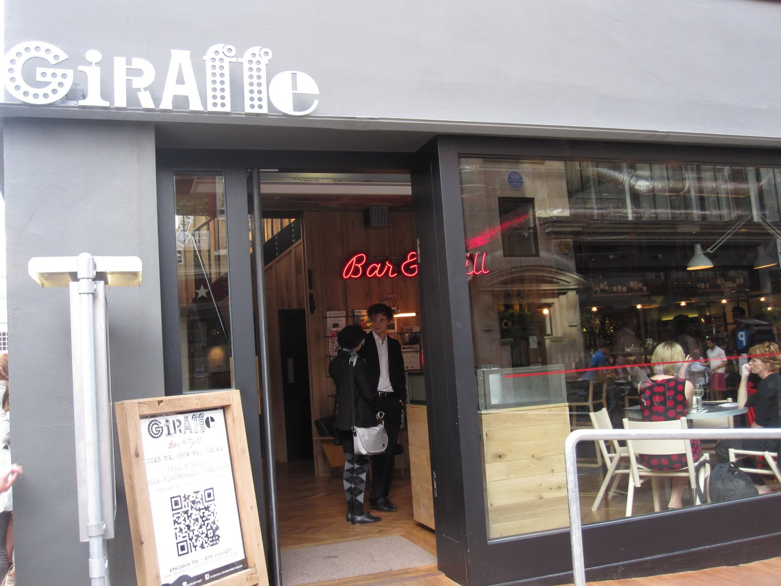 Giraffe restaurant london for Food bar giraffe