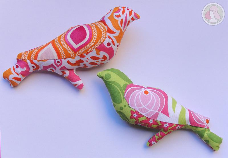 DIY pájaro de patchwork para recoger las cortinas