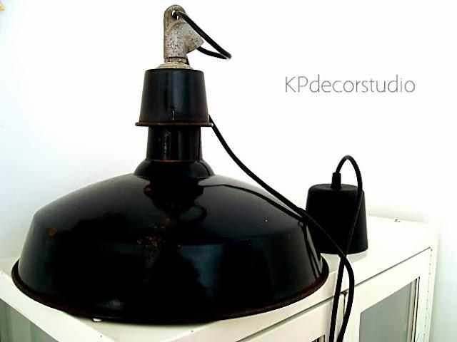 Lámpara industrial de techo estilo francés años 70 en valencia. Lámparas industriales