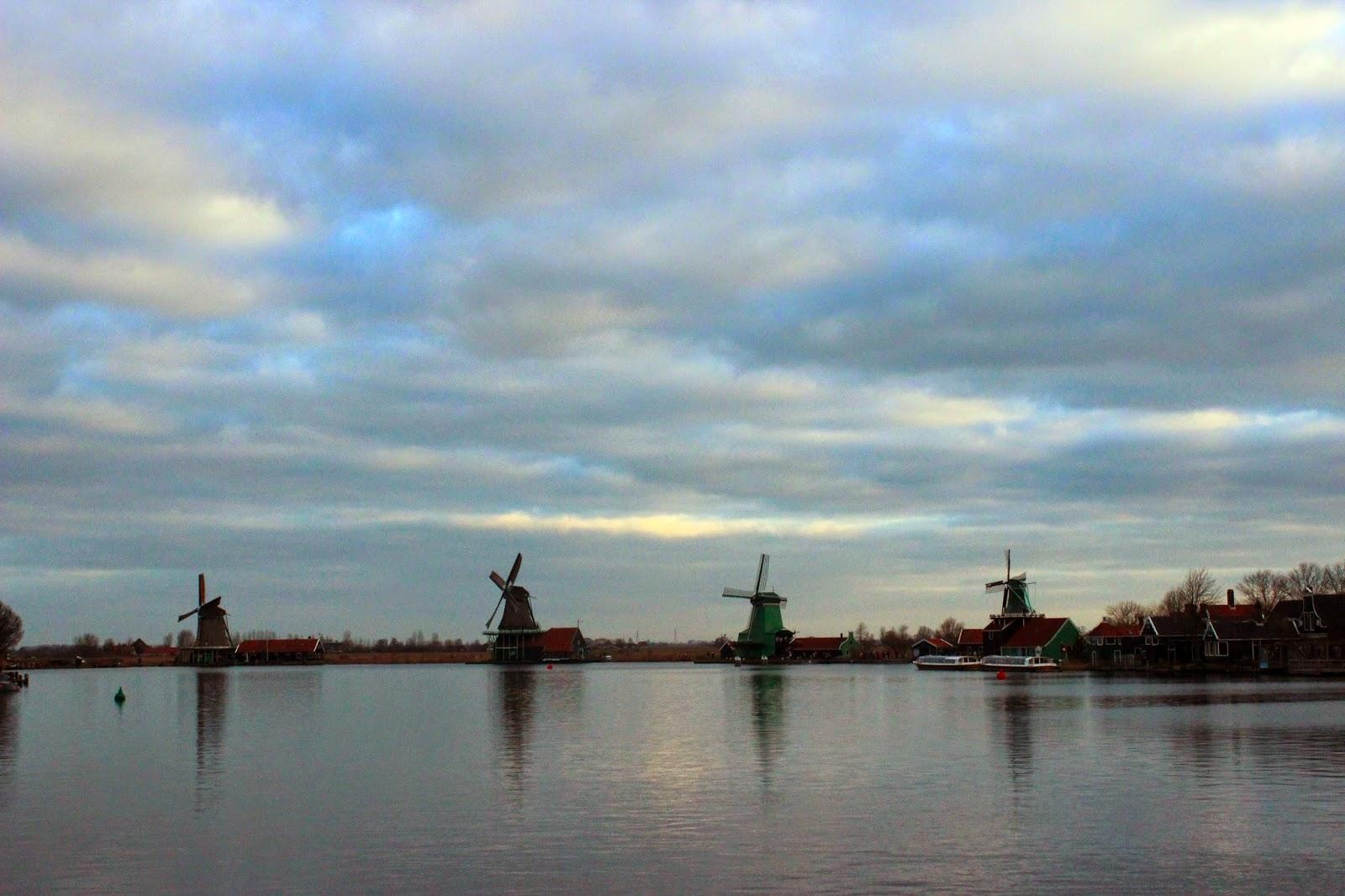 Kincir Angin (Windmill) di Zaanse Schans, Belanda