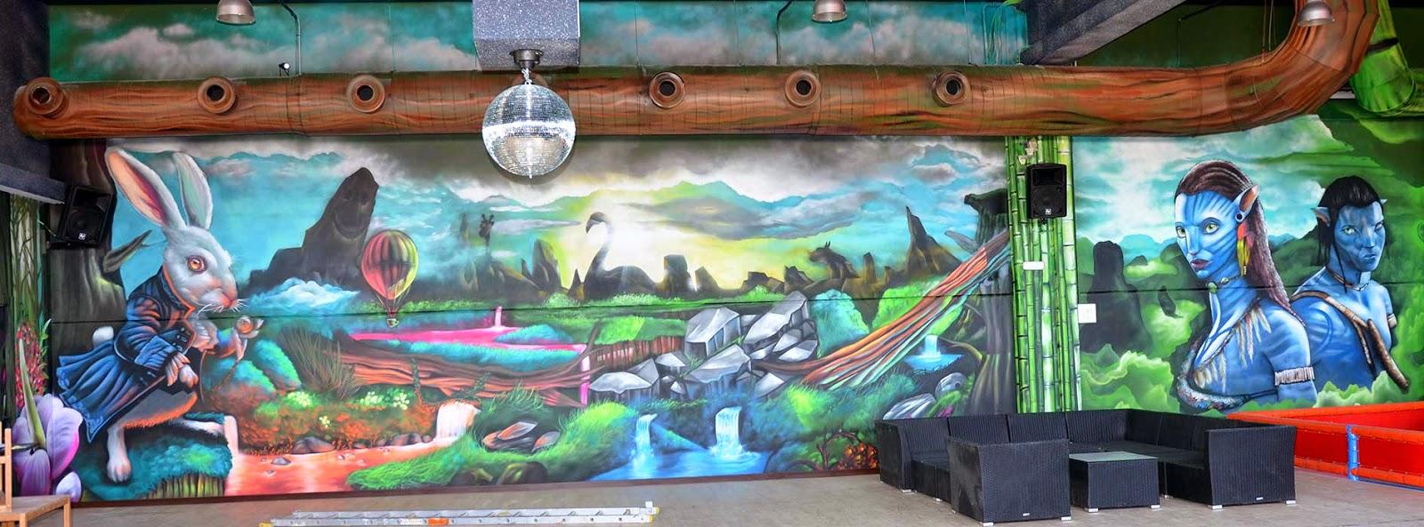 Berok Graffiti mural profesional en Barcelona abril 2014