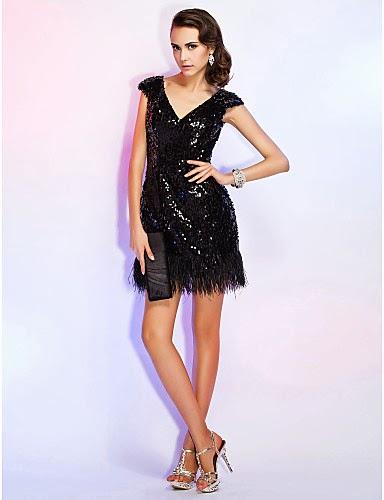 Maravillosos vestidos de fiesta cortos con escote