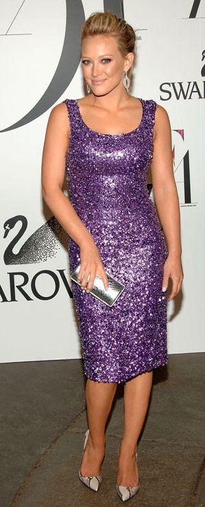 Maquillaje de noche para vestido purpura