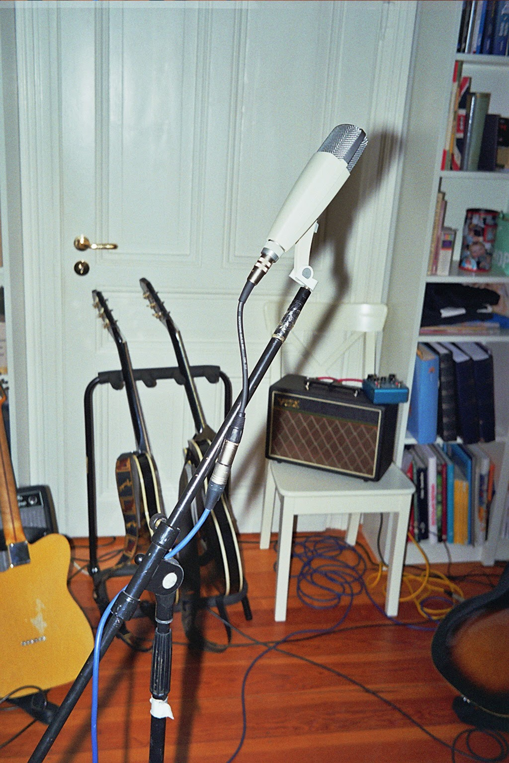 Einer Freundin Zu Einem Wohnzimmerkonzert Eingeladen Sein Gespielt Haben BRTHR Aus Stuttgart Meinen Musikgeschmack Die Beiden Mit Ihren Folk