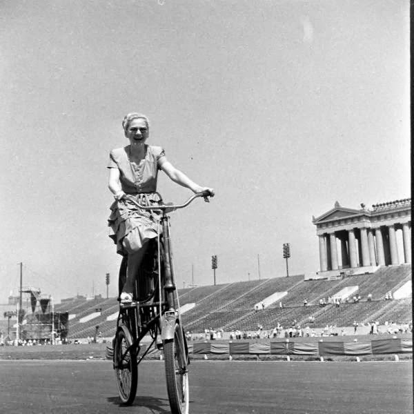 Bicycle+Pageant,+1948+(7).jpg