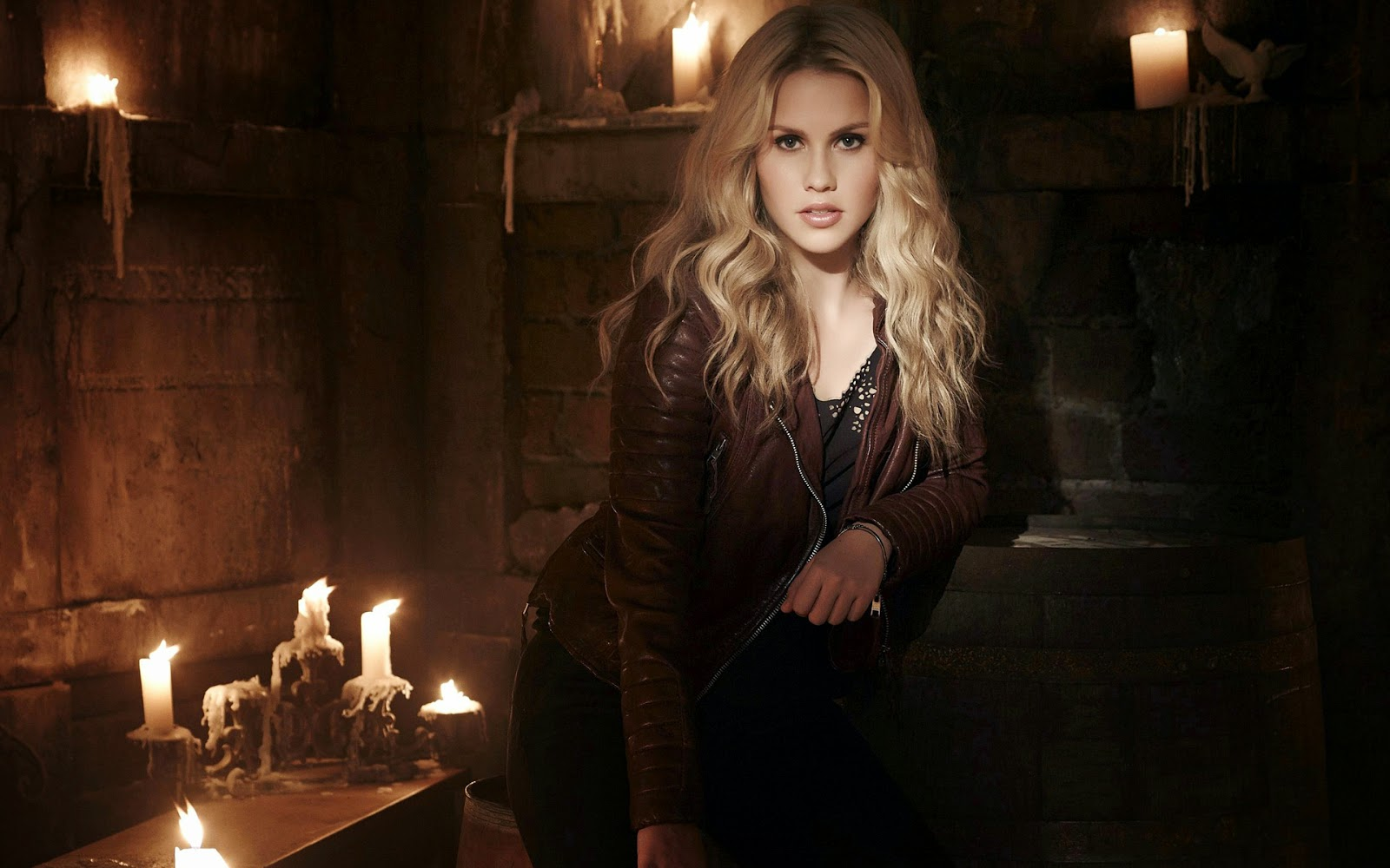 Claire Holt hot hd wallpaper