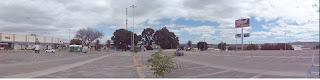 Visão do estacionamento voltado para a Av. Pe. Cícero.