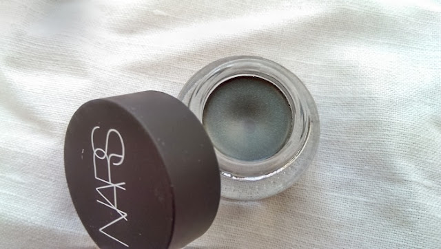 NARS creme shadows