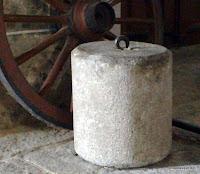Pesa grande del antiguo reloj de Candelario Salamanca