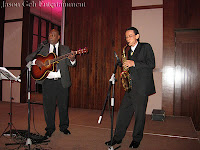 Jazz Duo featuring a jazz singer / guitarist and a saxophonist