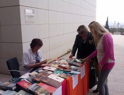 Día del Libro. Mercadillo de libros. Biblioteca General de Espìnardo