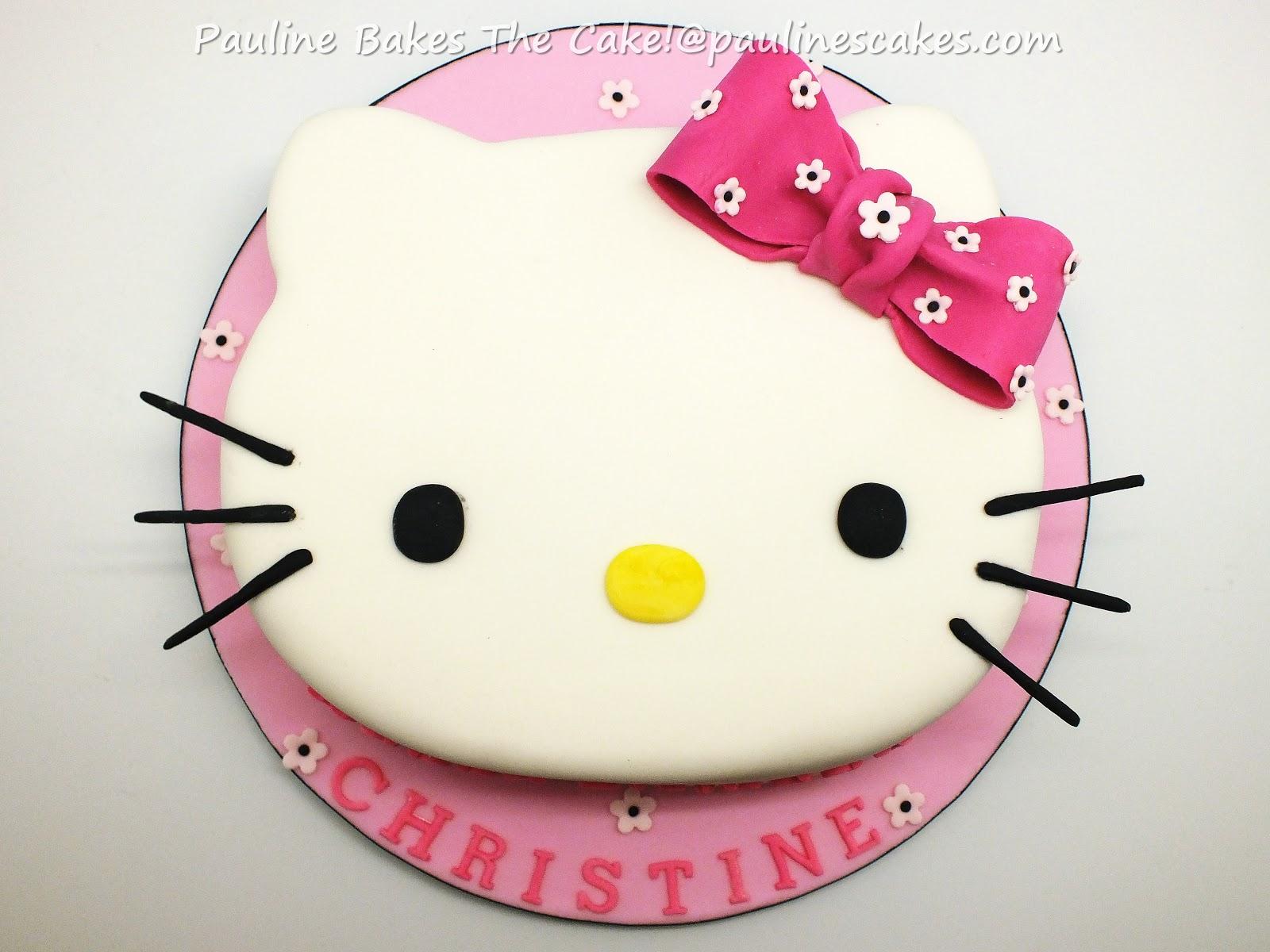 PAULINE BAKES THE CAKE Hello Kittys Face