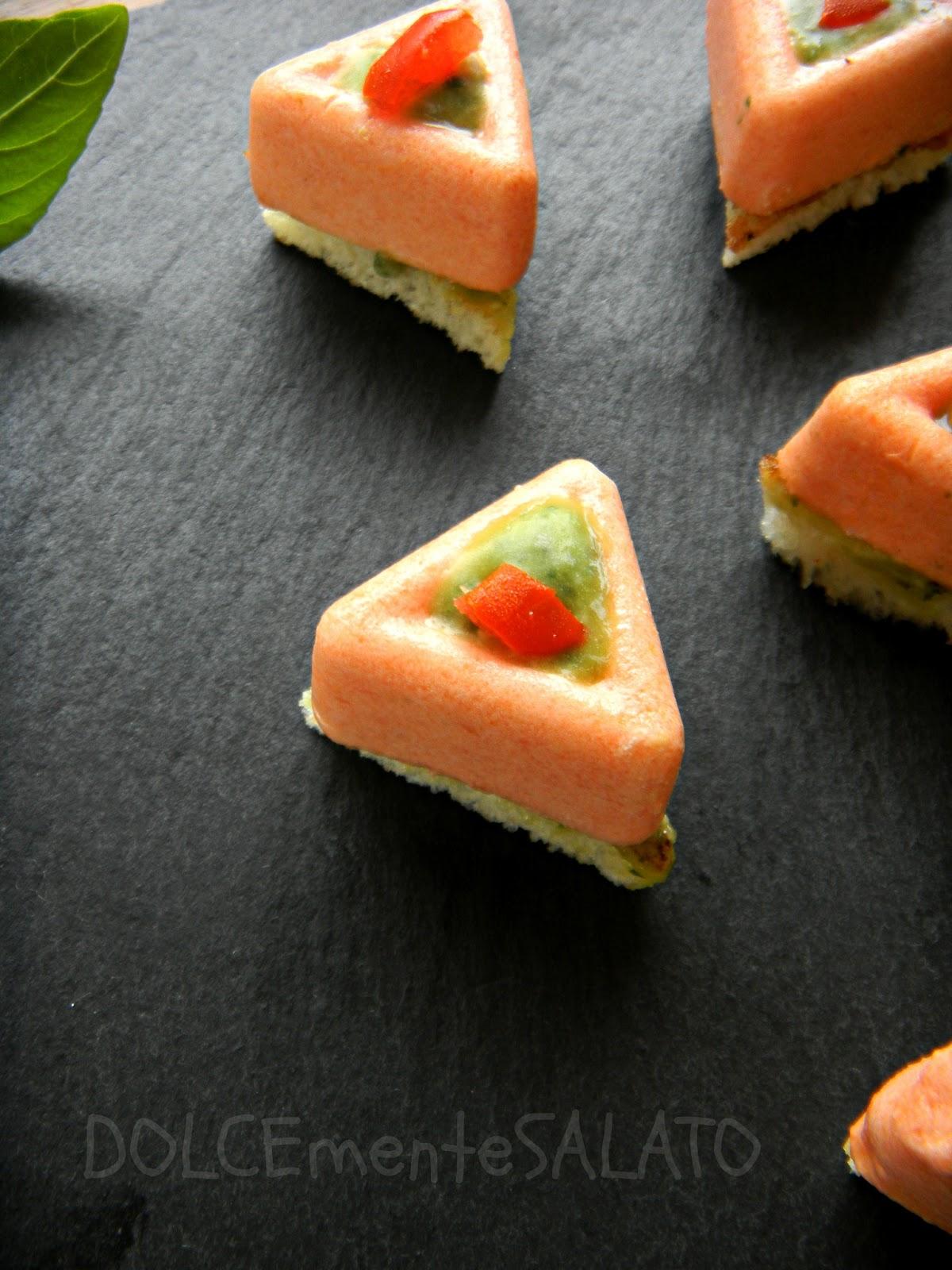 Dolcemente salato mini savarin di mousse al pomodoro e - Togliere silicone dalle piastrelle ...