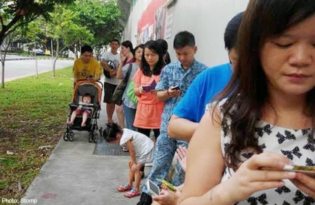 Parents' primary quest at Mee Toh