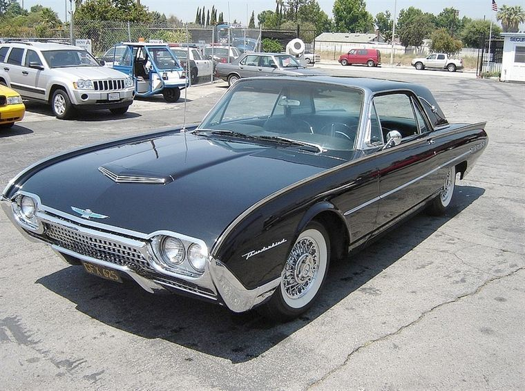 how old is a classic car 1962 ford thunderbird. Cars Review. Best American Auto & Cars Review