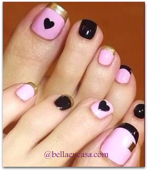 Diseños de uñas de pies a mano alzada !!