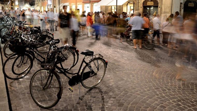 La sera in piazza..