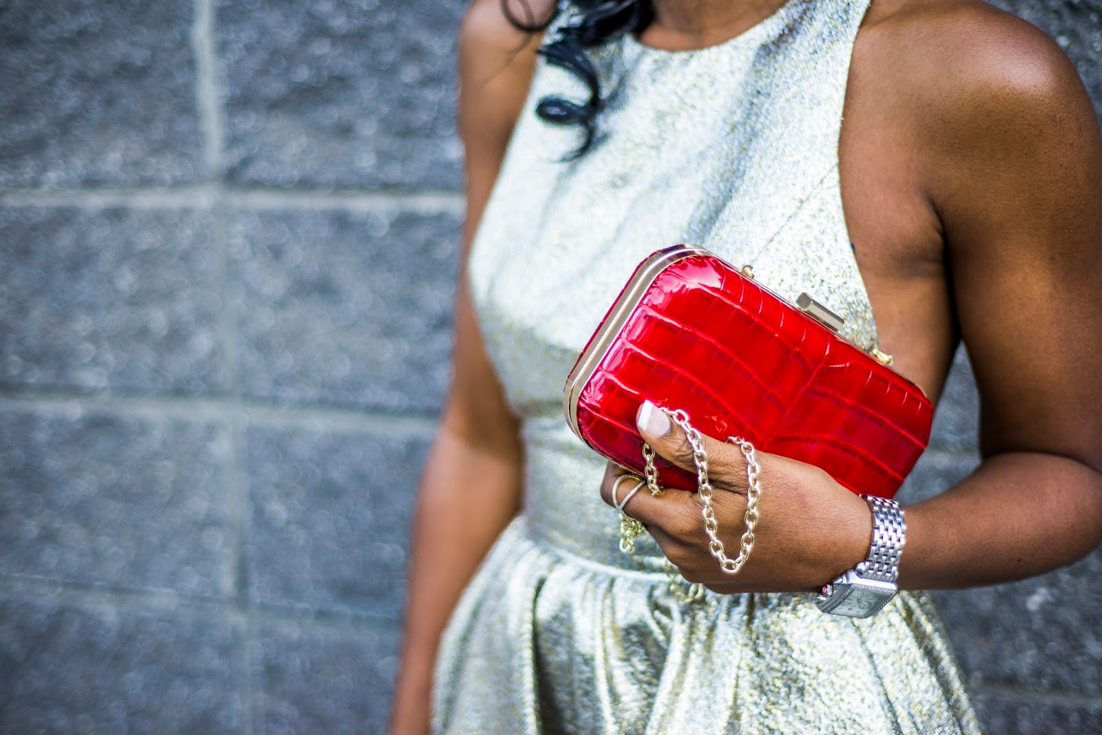 Giveaway: Red F &W Style Clutch