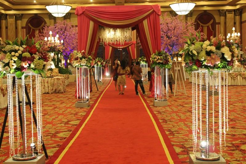Serba serbi menikah penawaran harga rich art wedding decoration standing crystal ini lucu banget menurutku junglespirit Image collections
