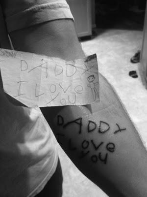 Tattoo Vater erstes Bild seiner Tochter