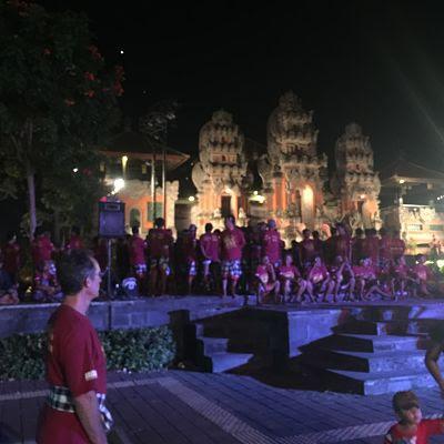IBMF Bali. Gianyar. Colossal kecak.
