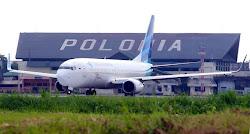 Bandara Polonia Resmi Ditutup
