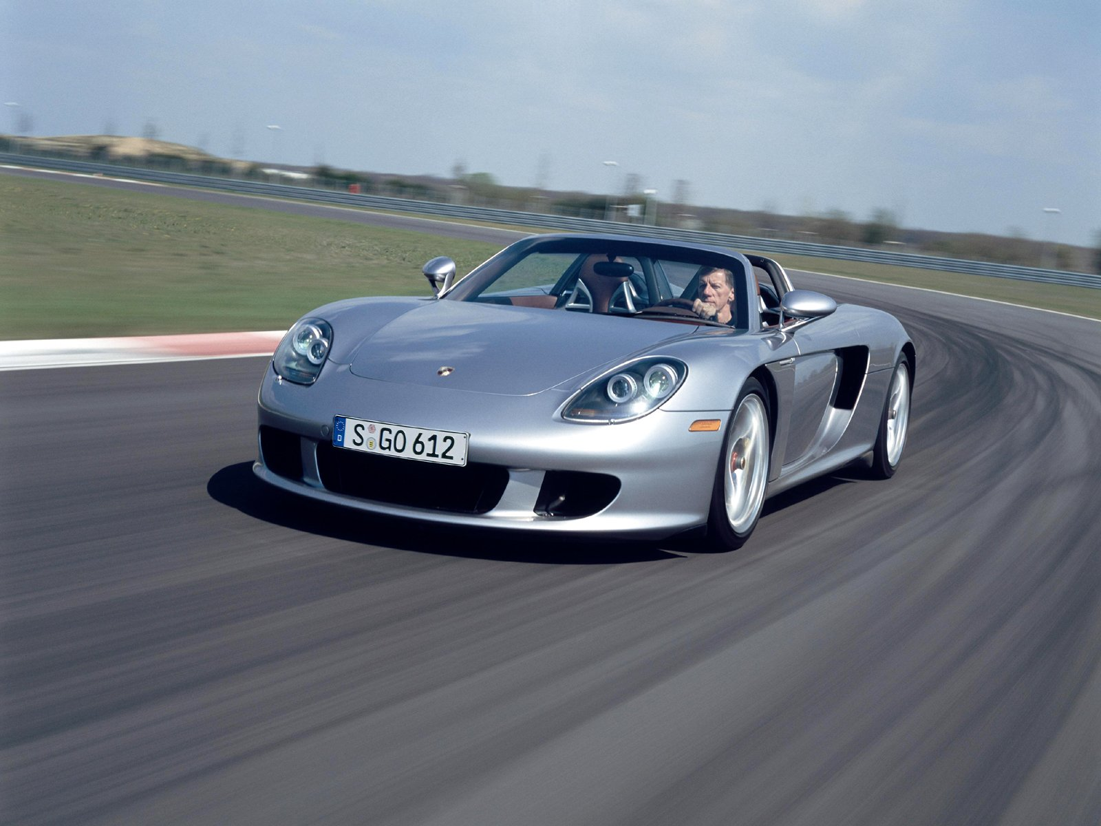 Cars Life   Cars Fashion Lifestyle Blog  Porsche 918 Spyder with