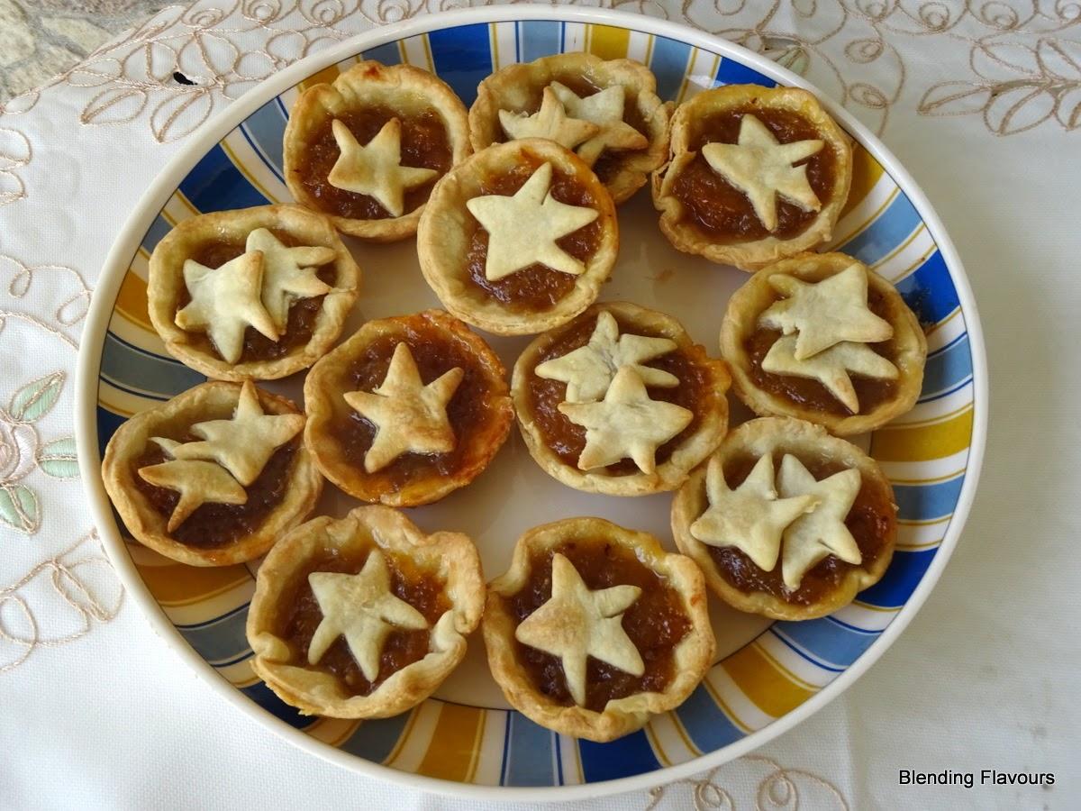 Starfruit jam tarts