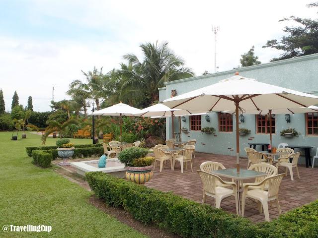 House near sugar plantation