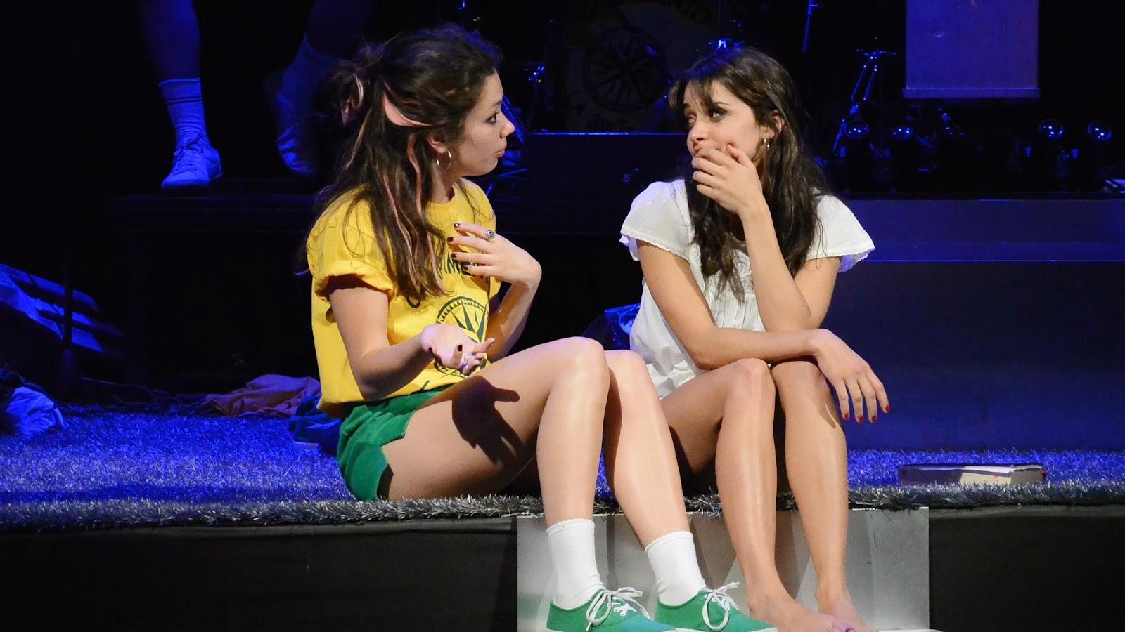 Anna Castillo y Macarena Gomez la llamada
