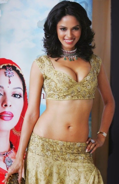 Mallika Sherawat Free hot wallpaper, Mallika Sherawat free HD Wallpaper, Mallika Sherawat bobs HD wallpaper, Mallika Sherawat giving pose photos
