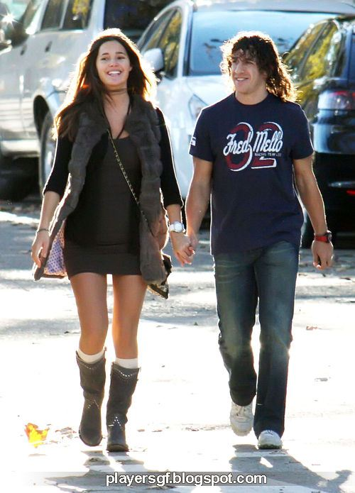 girlfriend malena costa carles puyol and his girlfriend malena costa