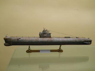 maqueta a escala 1:144 de submarino soviético clase romeo