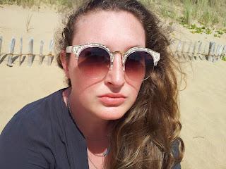 lusine-a-lunettes-myconos-plage