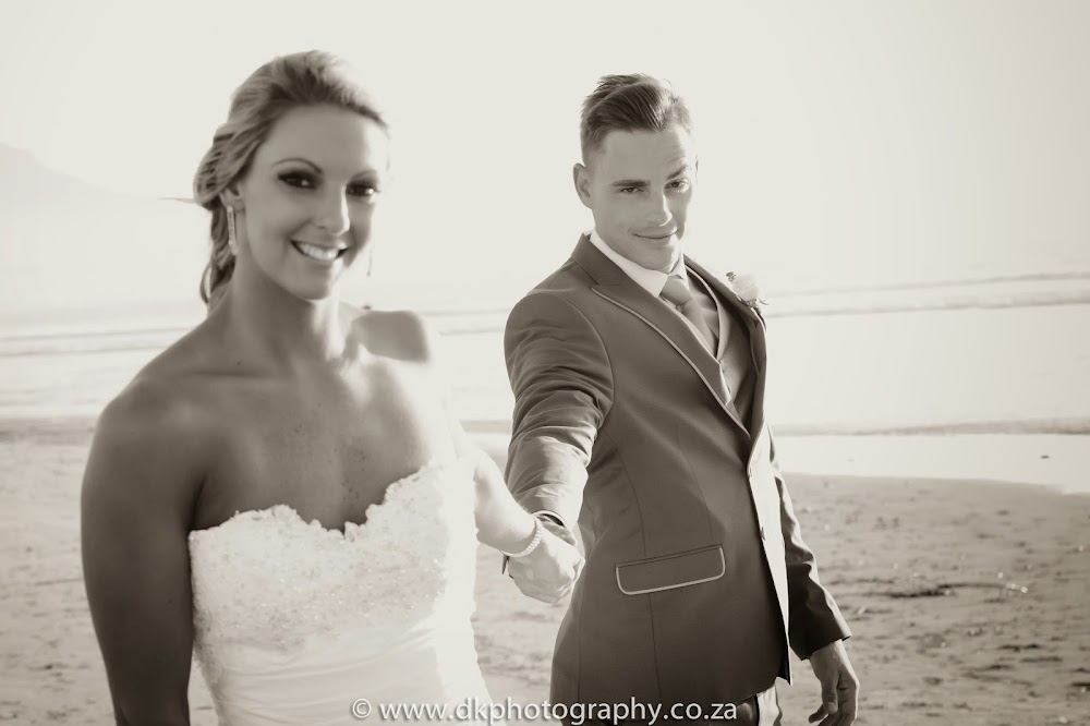 DK Photography CCD_7214-2 Wynand & Megan's Wedding in Lagoon Beach Hotel  Cape Town Wedding photographer