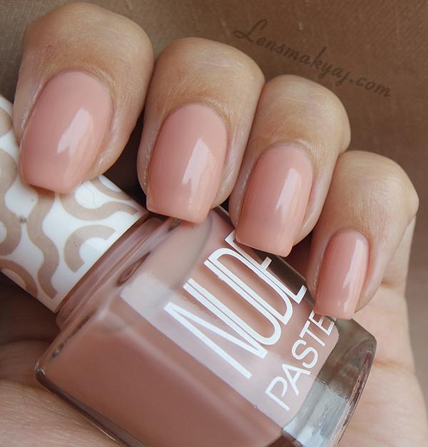 Pastel Nude Princess