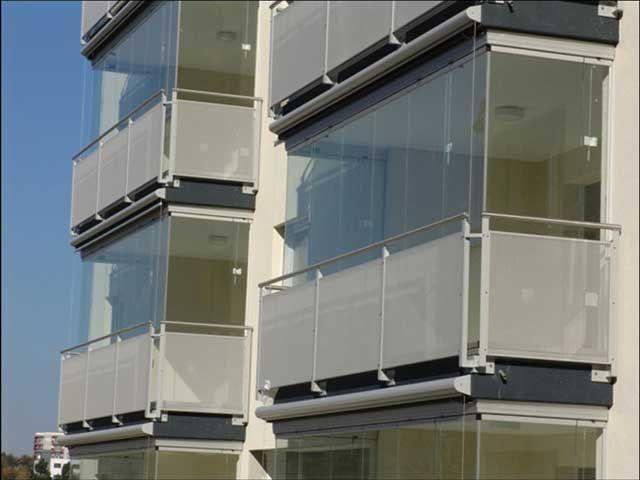 Cortinas de cristal cerramientos ciudad real - Persianas para balcones ...