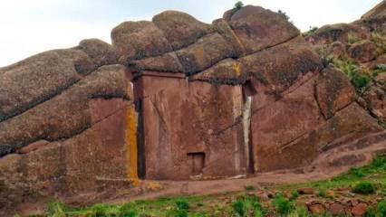 Misteri Portal Kuno Aramu Muru