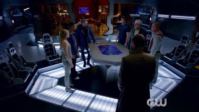 DC's Legends of Tomorrow (TV-Show / Series) - Season 1 First Look Trailer - Screenshot