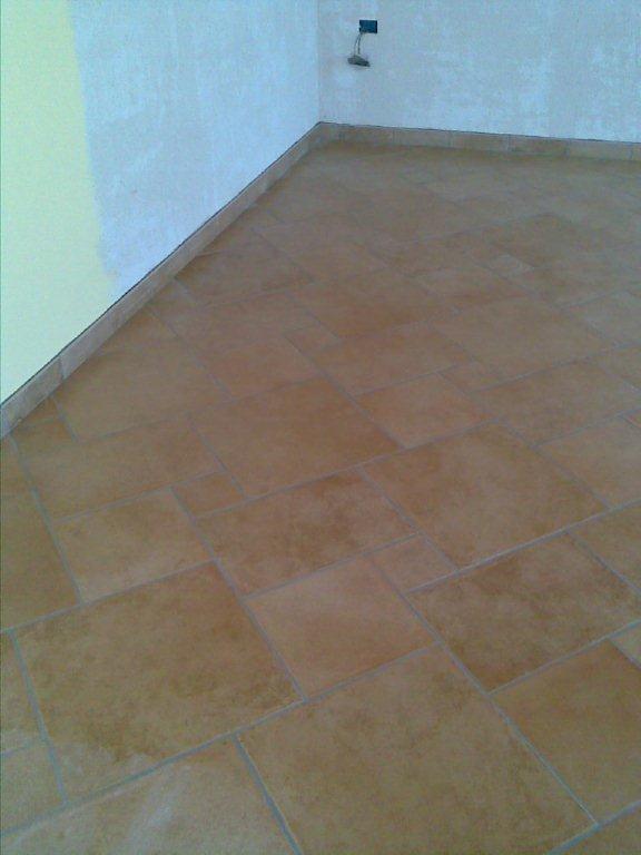 Gabbatore mattia pavimentazione interna cucina soggiorno for Piastrelle per soggiorno