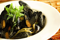 Coconut Curry Mussels with Noodles Recipe | Healthy Sea Foods Recipe