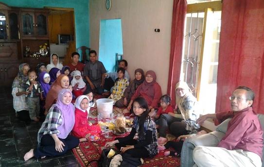 Cerkak Bahasa Jawa Pengalaman Pribadi Puasa di Bulan Ramadhan