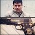 Imagenes: las lujosas pistolas bañadas en oro del narco y sus frases favoritas
