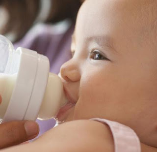 Can Bottle-feeding Cause Ear Infections?