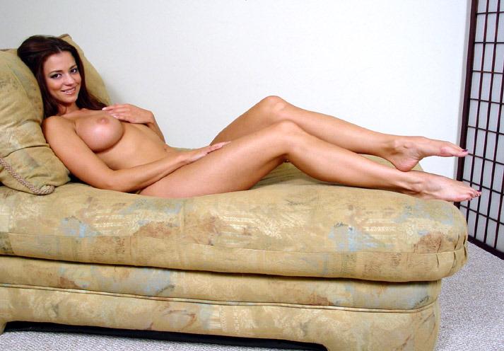 boobs ebony blackgirls topless beach teasing voyeurism voyeur